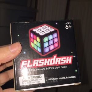 NEW flash dash cube game lighted toy